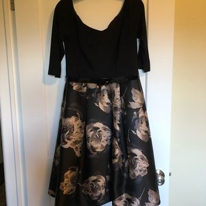 Brand New Le Château Black Floral Formal Dress